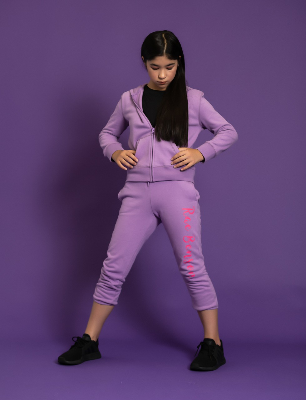 Girls Logo Sweat Pant in Purple